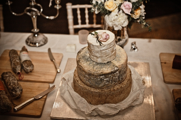 Wedding cheese stack - Picture by Archibald Photography