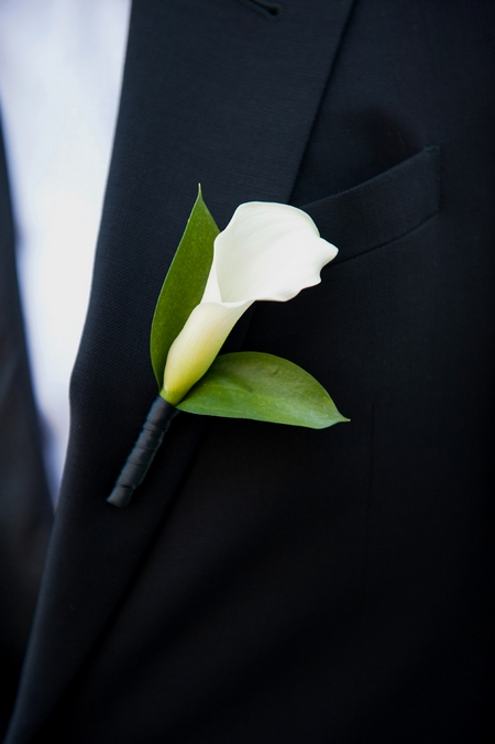 Calla Lily buttonhole - Picture by Yvette Roman Photography