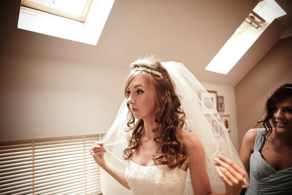 Bride checking her veil - Picture by Archibald Photography