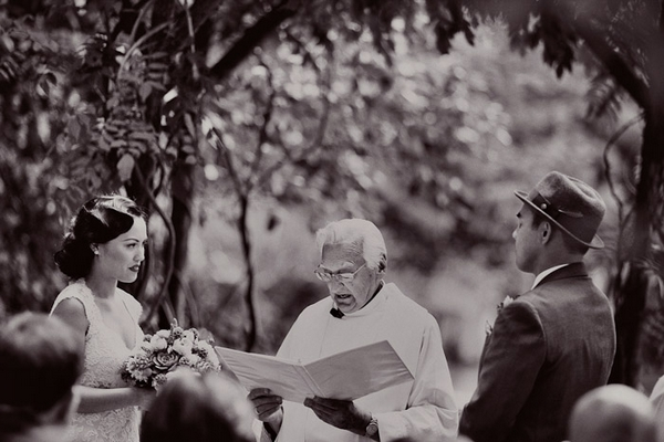 Vintage wedding ceremony - Picture by Paco and Betty