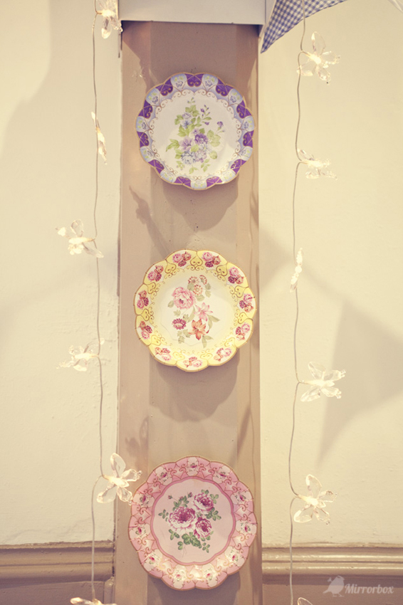 Vintage china bowls - Picture by Mirrorbox Photography