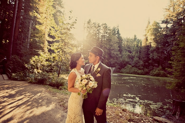 Vintage bride and groom by lake - Picture by Paco and Betty