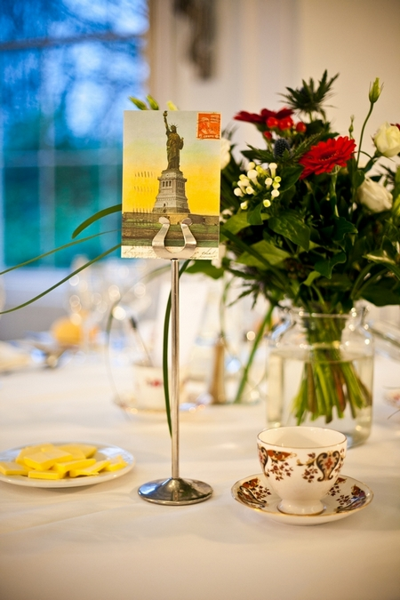 Statue of Liberty wedding table sign - Picture by Anneli Marinovich Photography