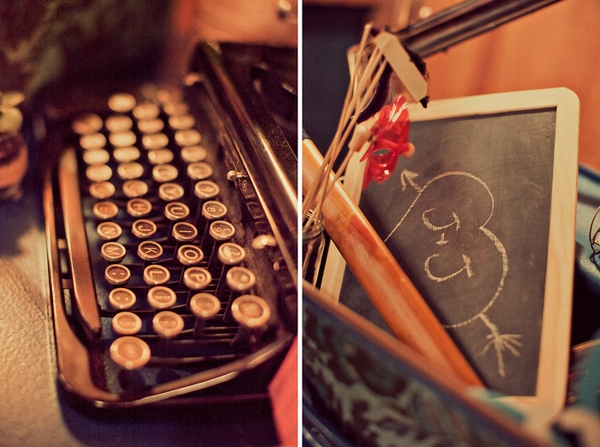Vintage typewriter keys - Picture by Paco and Betty