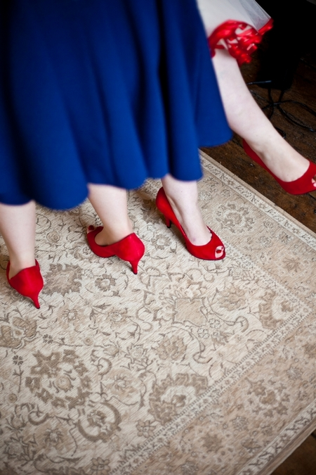 Red wedding shoes - Picture by Anneli Marinovich Photography