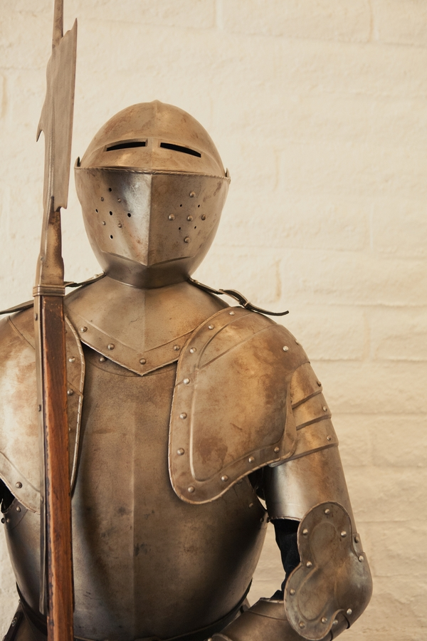 Suit of armour - Picture by onelove photography