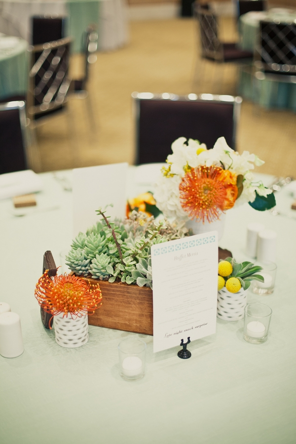 Wedding table centrepiece - Picture by onelove photography