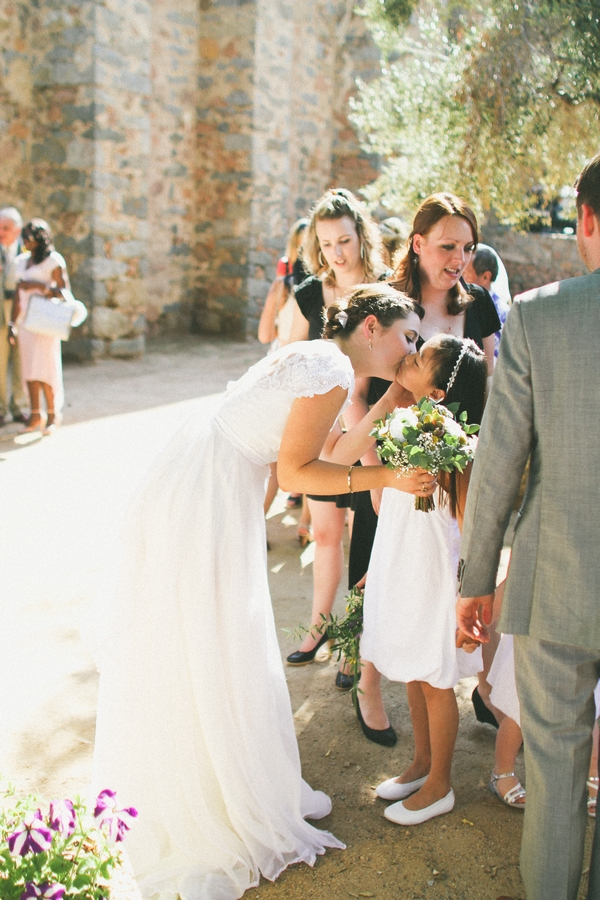 Bride kissing flower girl - Picture by DanielRM