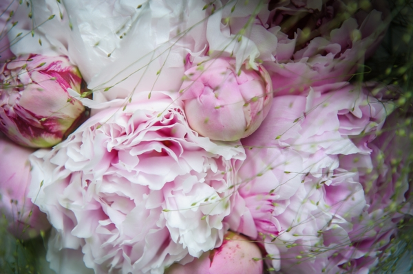 Pink peony wedding flowers - Picture by Pixies in the Cellar