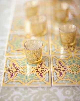 Tealights on patterned tiles - Picture by Joielala