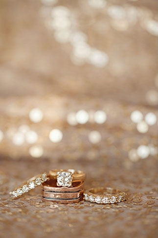 Wedding rings - Picture by Joielala