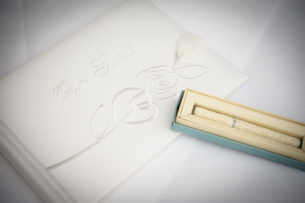 Wedding guest book - Picture by Pixies in the Cellar