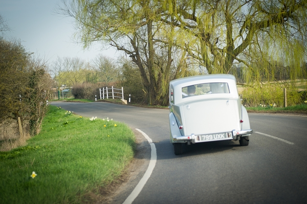 Vintage wedding car - Picture by Gareth Squance Photography
