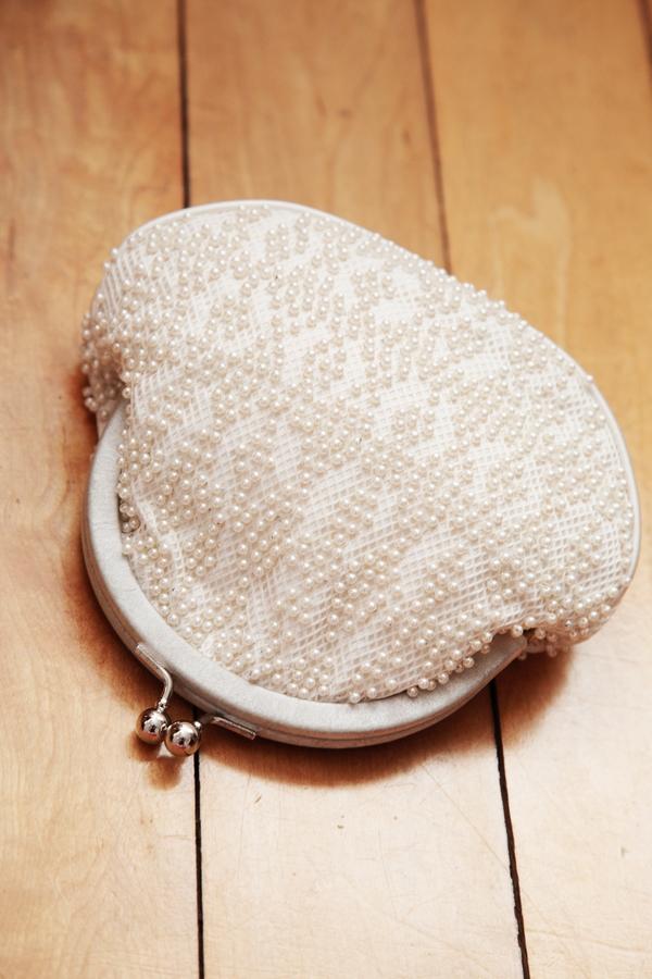 Small bridal purse - Picture by Rebecca Prigmore Photography