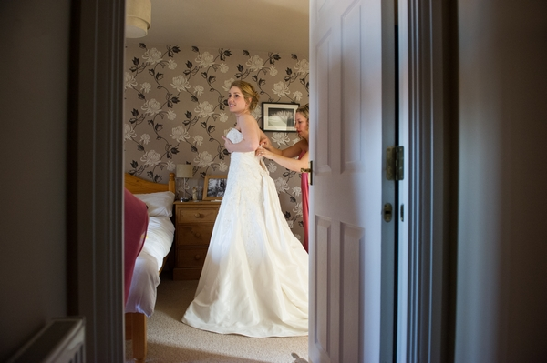 Bride getting ready - Picture by Gareth Squance Photography