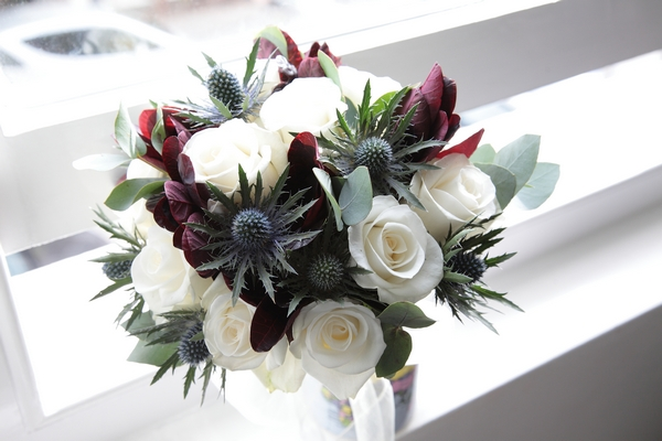 Bridal bouquet with thistles - Picture by Rebecca Prigmore Photography