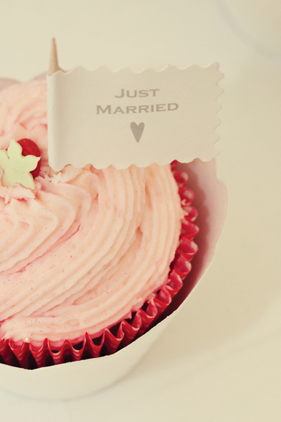 Just married pink cupcake - A Homemade Marquee Wedding