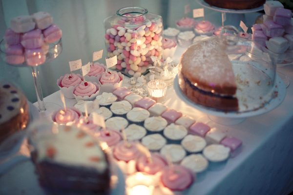 Wedding cakes and sweets - A Homemade Marquee Wedding