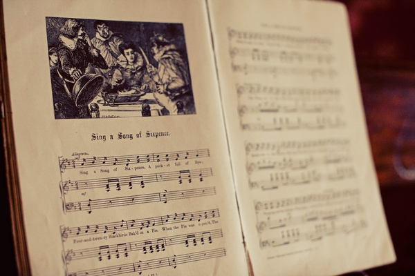 SIng a song of sixpence sheet music - Gothic Wedding Photo Shoot at Browsholme Hall