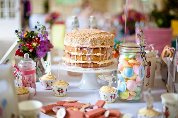 Layered Cake and sweets - LoveLuxe Launch