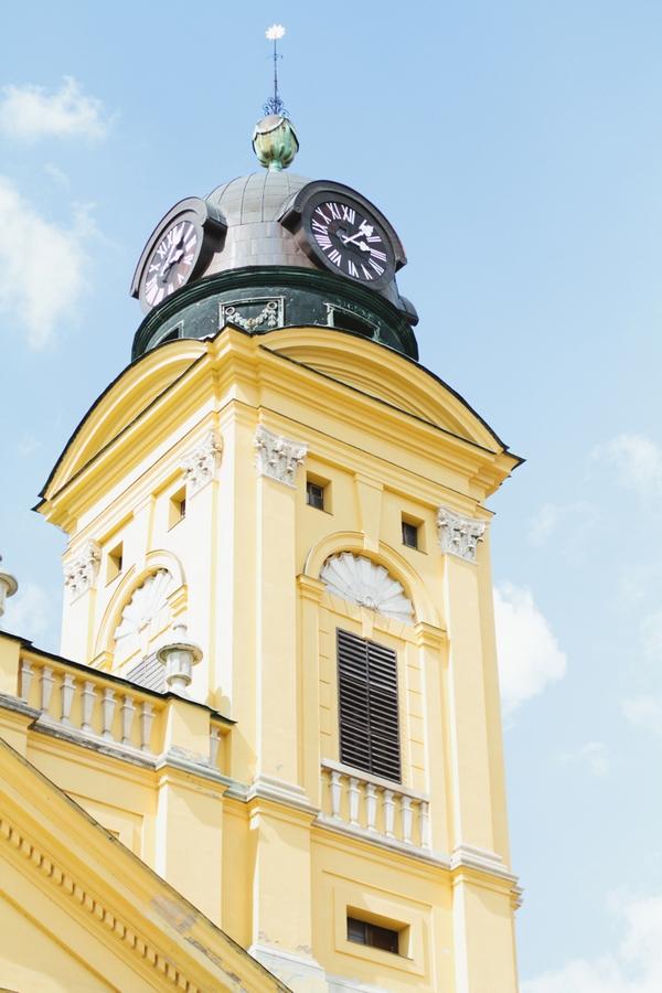Church Debrecen - A Spring Themed Wedding in Hungary