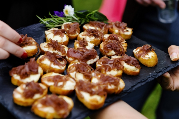 36 a rustic country wedding in suffolk the wedding for Wedding canape ideas