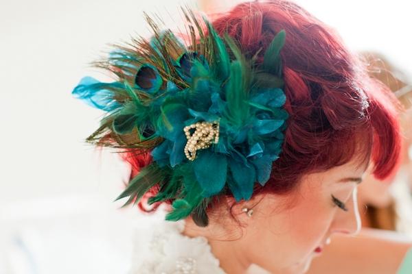 Green wedding hairpiece