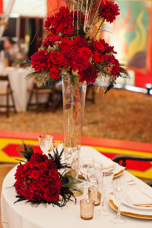 Wedding table with red flowers
