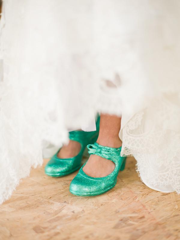 Bride's green wedding shoes