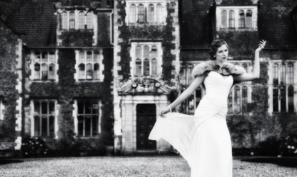1920's bride outside Loseley Park