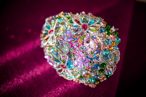 Colourful brooch bouquet
