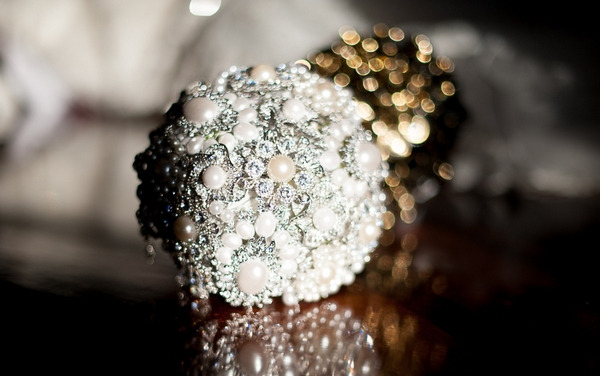 Pearl and silver brooch bouquet