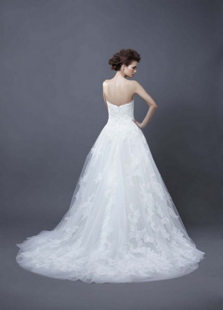 Picture of Back of Halo Wedding Dress - Enzoani 2013 Collection