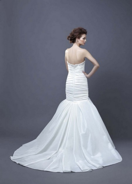 Picture of Back of Halona Wedding Dress - Enzoani 2013 Collection