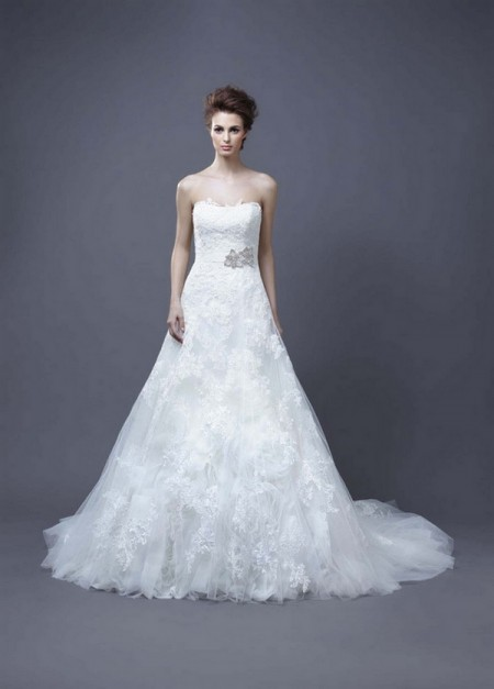 Picture of Hasina Wedding Dress - Enzoani 2013 Collection
