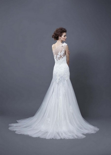 Picture of Back of Heli Wedding Dress - Enzoani 2013 Collection