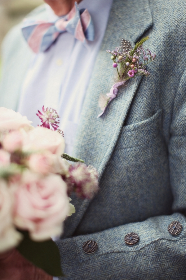 Buttonhole on father of bride's jacket
