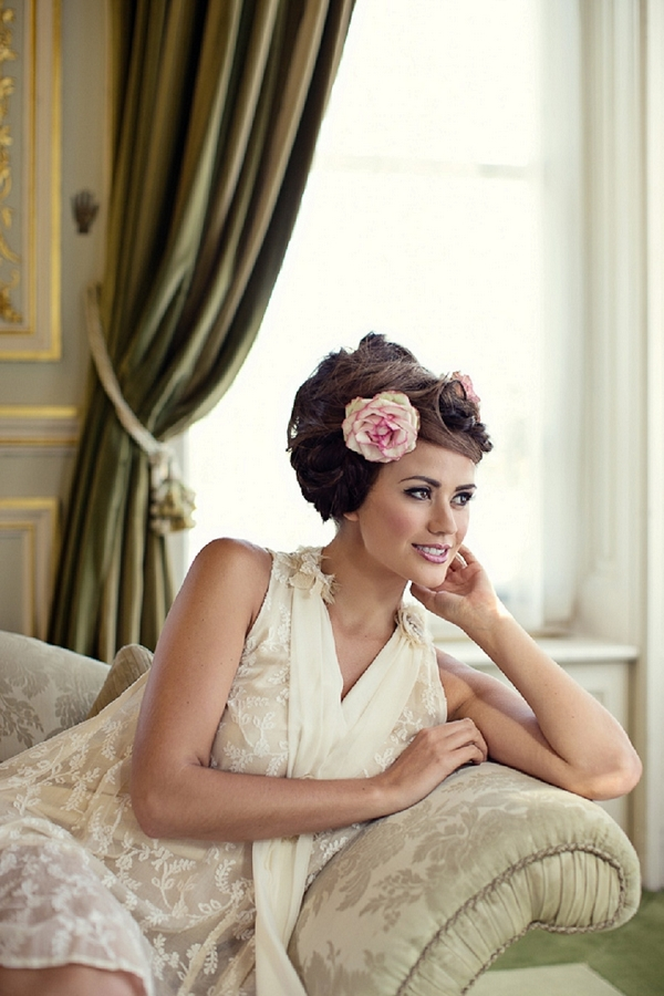 Bride with messy updo hairstyle