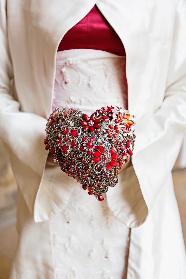 Red heart brooch bouquet