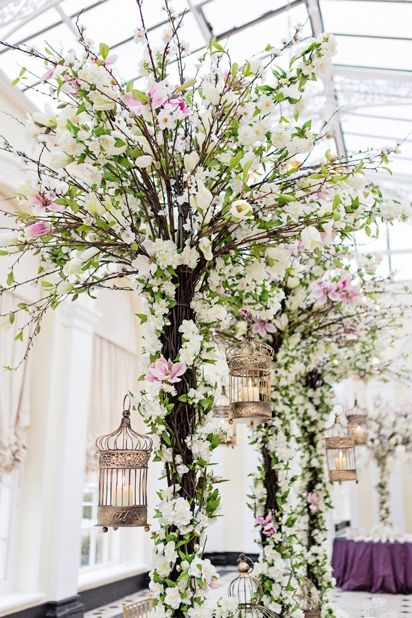 Trees in middle of wedding table