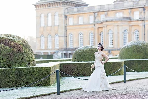 Bride outside Blenheim Palace