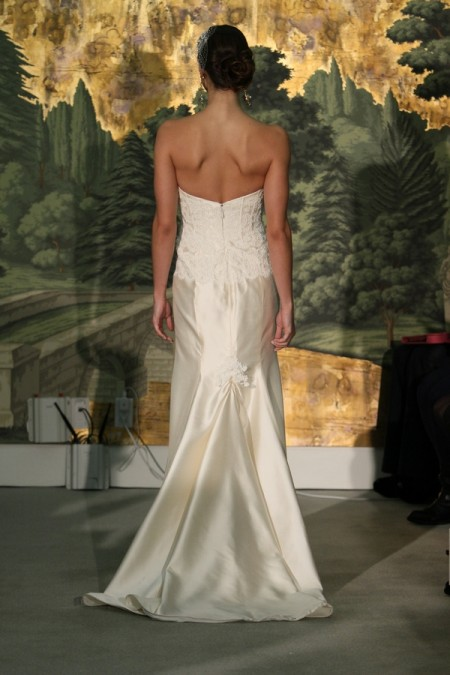Picture of Back of Morelle Wedding Dress - Anne Barge Spring 2014 Collection