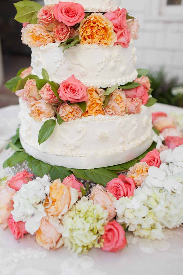 Tiered wedding cake with roses