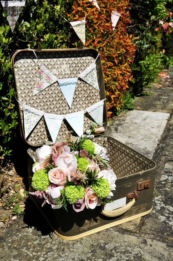 Vintage suitcase with flowers