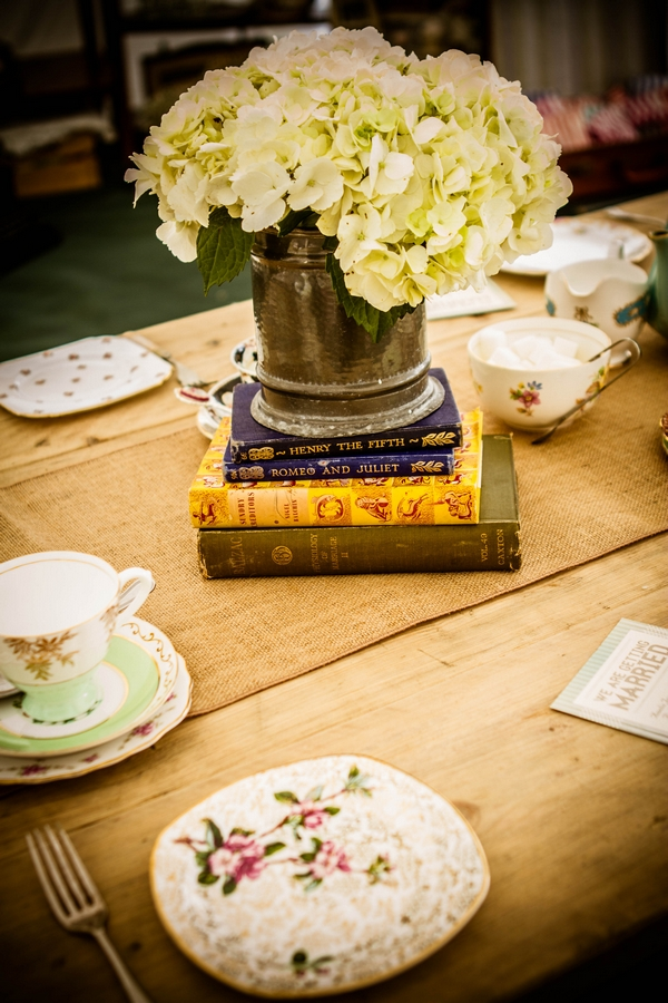 Vintage plates and vase