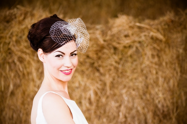 Vintage bride with birdcage fascinator