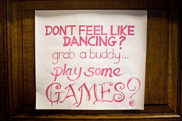 Dancing sign