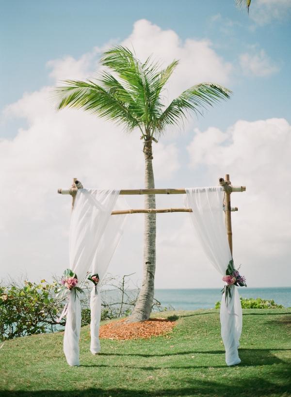 Beach wedding structure