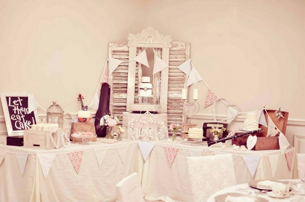 Shabby chic wedding table props