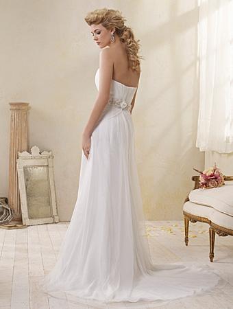 Back of 8503 Wedding Dress - Alfred Angelo Modern Vintage Bridal 2014 Bridal Collection
